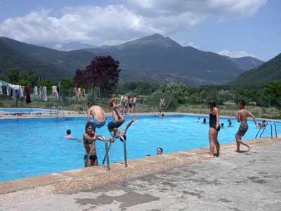 Ciempies campamento 2008 for Cuanto me cuesta hacer una piscina