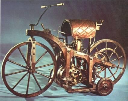 Historia y evolución de la motocileta DAIMLER_515